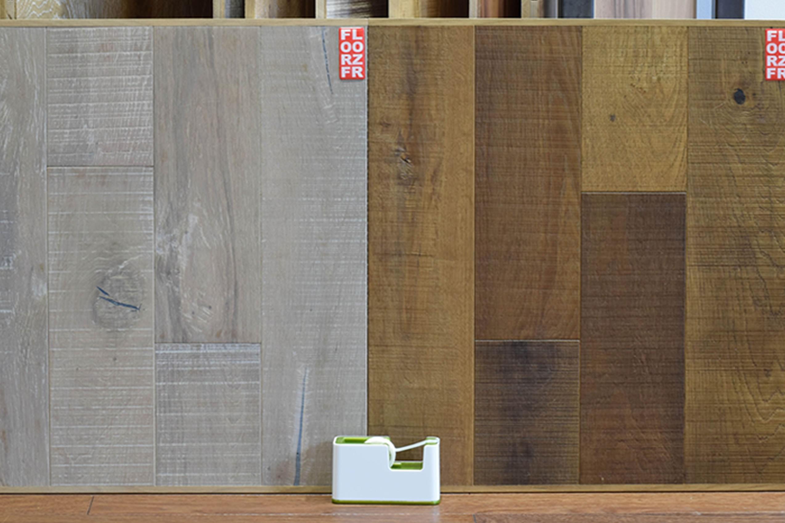 Parquet contrecollé Chêne Rustique Brun Anglais - 14 x 125 mm - Vieilli Scié - Brossé - Verni Mat