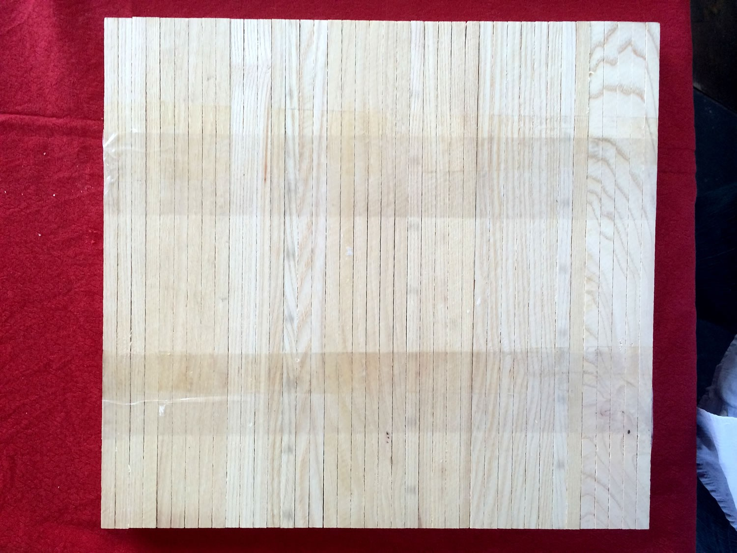 Parquet Industriel Frene - 23 x 8 x 160 mm sur chants massif