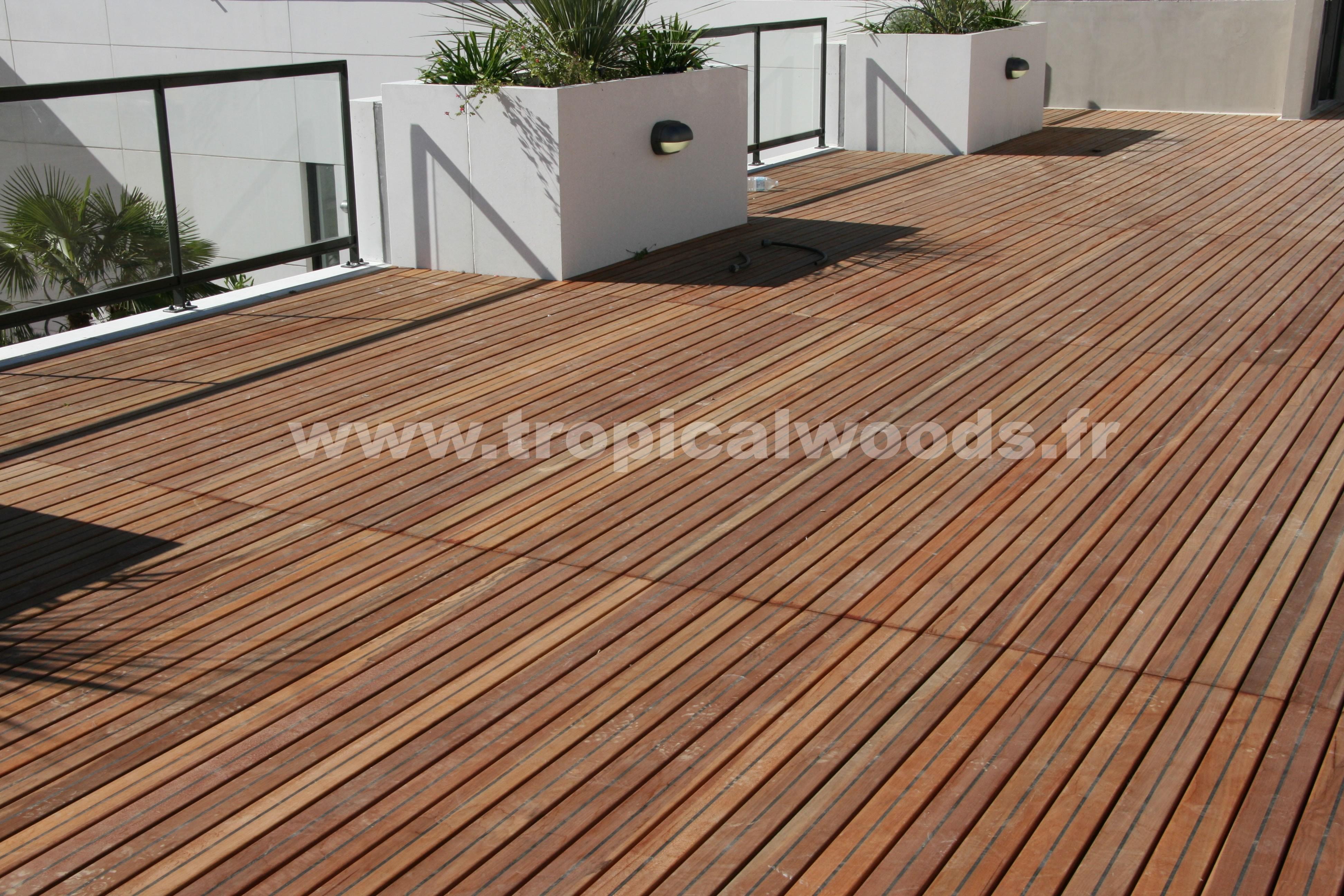 Terrasse - Lames parquet massif Acacia Pont de Bateau - 22 x 120 mm