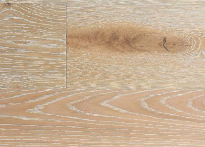Parquet contrecollé Chêne Rustique - 10 x 90 - 160 mm - brossé - verni délavé