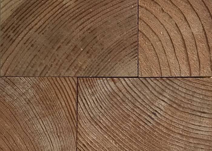 Parquet massif en bois de bout Pin - 30 x 58 x 90 - Brut