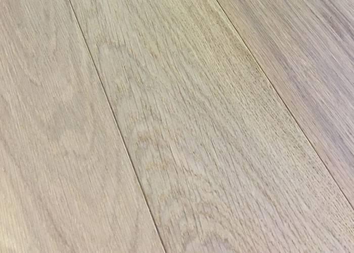 Parquet contrecollé Chêne Rustique - 14 x 127 mm - Brossé - Huilé Aspect Bois Brut - PRIMO