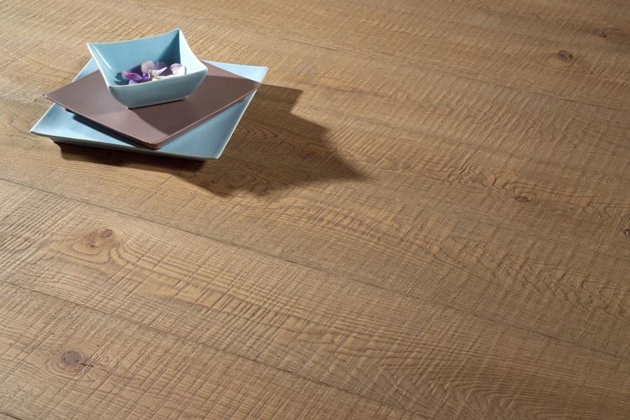 Parquet contrecollé Chêne Rustique  - 12 x 145 mm - brut - sciage Strong