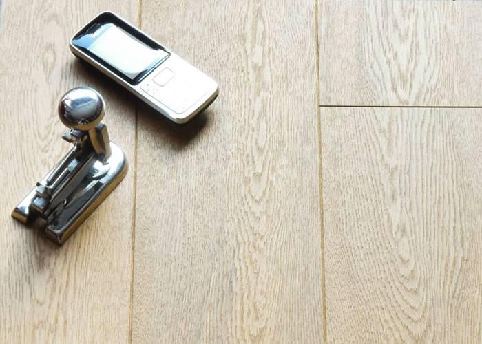 Parquet contrecollé Chêne Rustique - 10 x 150 x 1900 mm - huilé - Pessac