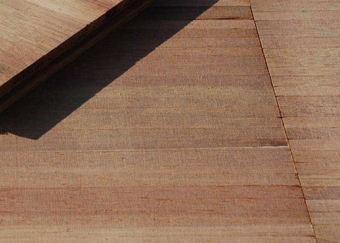 Parquet Industriel Surchant Merbau en lames - 18 x 152.5 x 610 mm - brut