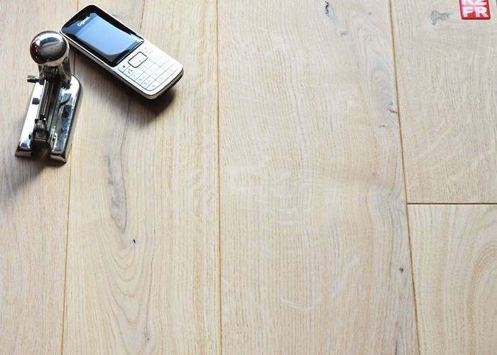 Parquet Contrecollé Chêne Premier - 10 x 150 mm - verni