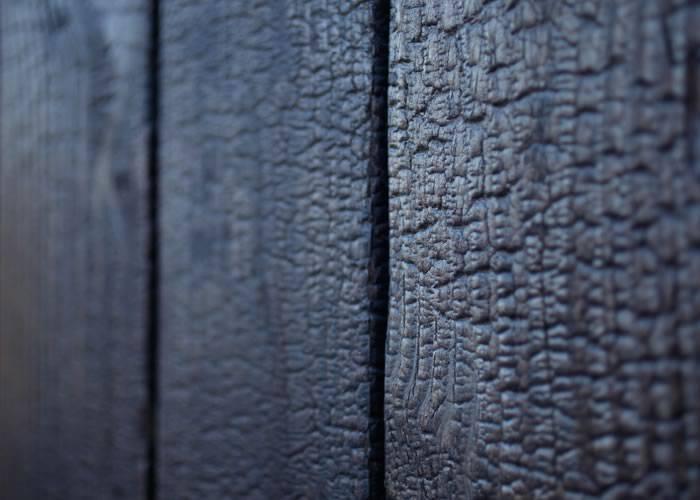 Yakisugi - Lambris en bois brûlé épicéa - 10 x 90 x 2700 mm - Croco Mat