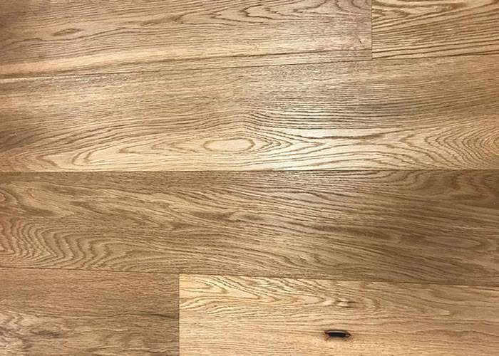 Parquet contrecollé Chêne Rustique - 14 x 170 mm - Brossé - Verni incolore - Nantes - PRIMO
