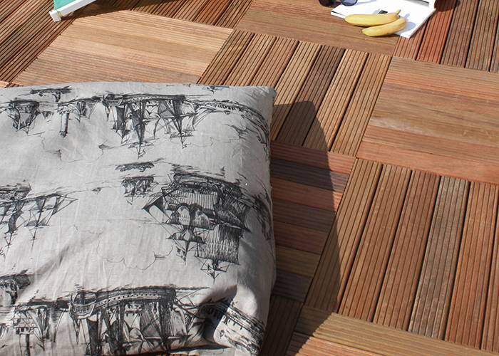 Dalle caillebotis en bois exotique IPE - 500 x 500 x 40 mm - 7 lames striées 2V