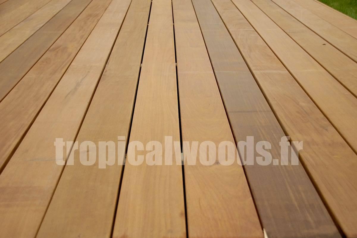 Clips, cales et vis inox pour lames de terrasse - HARDWOOD - kit de 11m2