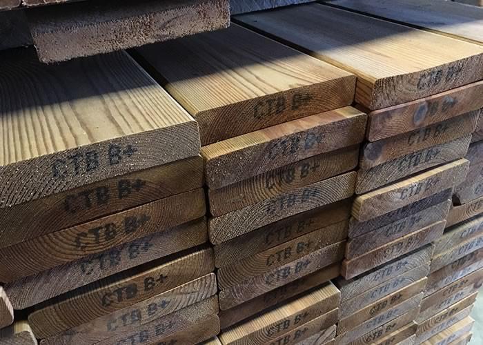 Lame de terrasse Pin traité vert ou brun -  27 x 120 mm - 2 faces lisses - LOTS