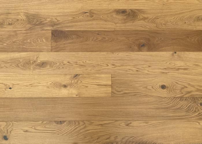 Parquet Contrecollé Chêne Rustique - 14 x 190 x 1900 mm - Brossé - Verni mat - Fumé