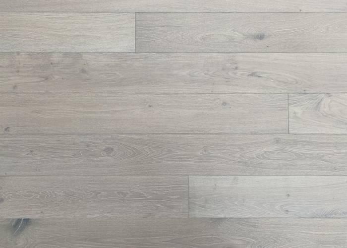 Parquet Contrecollé Chêne Rustique - 14 x 190 x 1900 mm - Brossé - Verni mat - Teinté Blanc