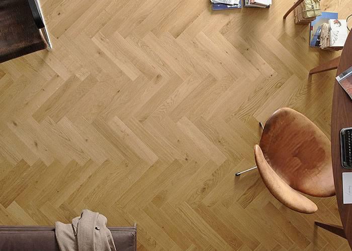 Parquet contrecollé Chêne Rustique Bâton rompu - 12 x 90 x 500 mm - verni incolore