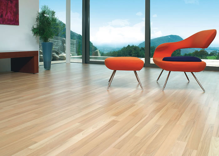 Parquet massif Hetre Europe - 14 x 120 mm Select Verni