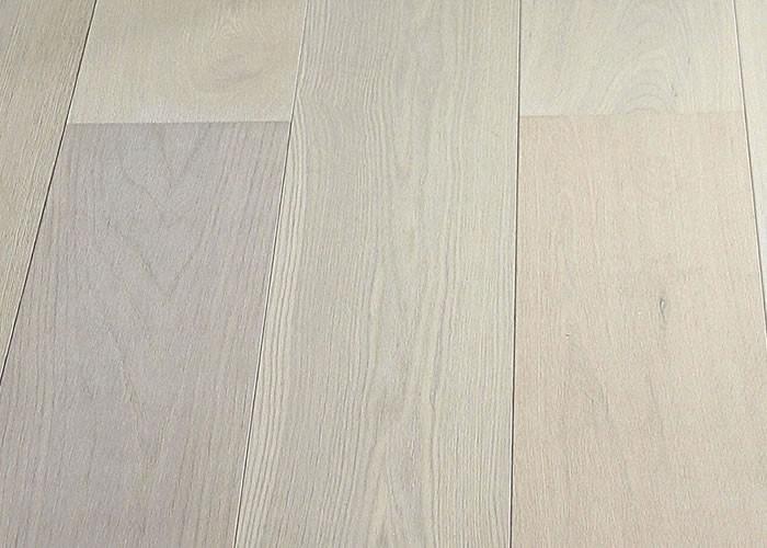 Parquet Contrecollé Chene Premier/Rustique - 15 x 189 x 1860 mm - brossé - huilé blanc - LPDD