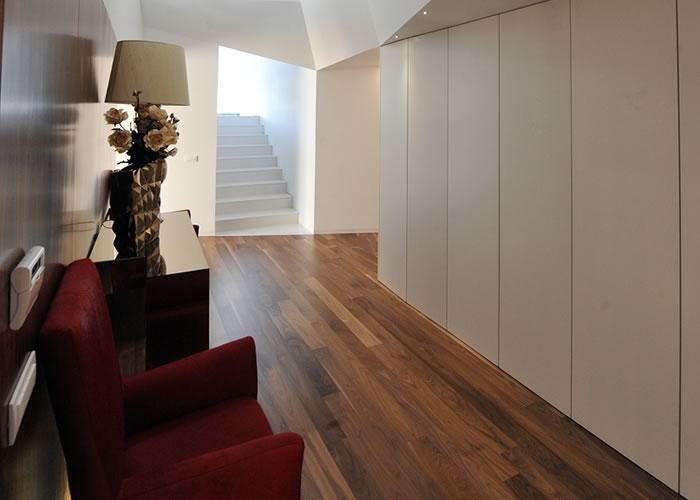 parquet massif noyer am ricain nature 20 x 100 x 2100 mm brut. Black Bedroom Furniture Sets. Home Design Ideas