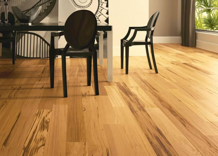 Parquet Contrecollé Tigerwood Muiracatiara - 15,5 x 90 mm - Verni Brillant