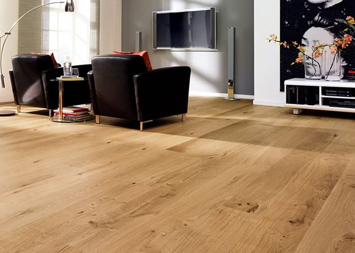 Parquet contrecollé Chêne Rustique - 12 x 90 x 400-1500 mm - Brossé - Verni incolore - PROMO