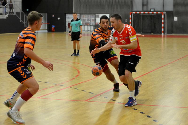 parquet salle de sport handball